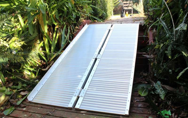 Heeve aluminium wheelchair ramp on steps